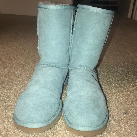 c4aa9536591 Ugg classic short turquoise boots